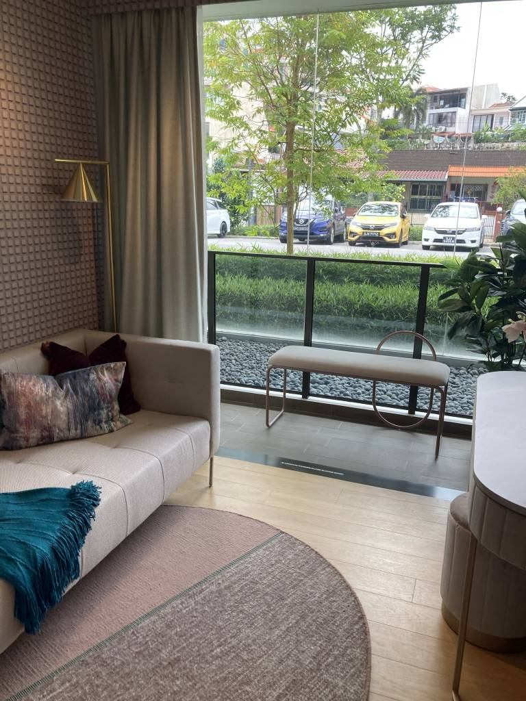 Midwood Condo Next to Hillview MRT Station by Hong Leong Holdings